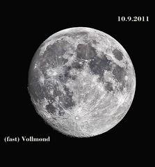 Ich dachte, ich zeige Euch mal den Mond.  (1161)