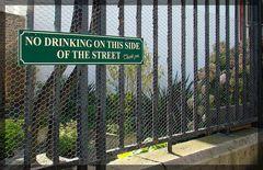 Ich sag da nur:  Straßenseite wechseln ;-)