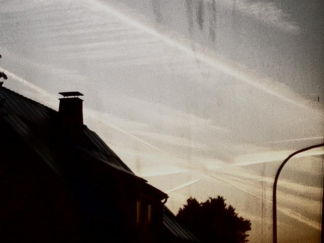 Ich seh' ein Kreuz im Himmel.