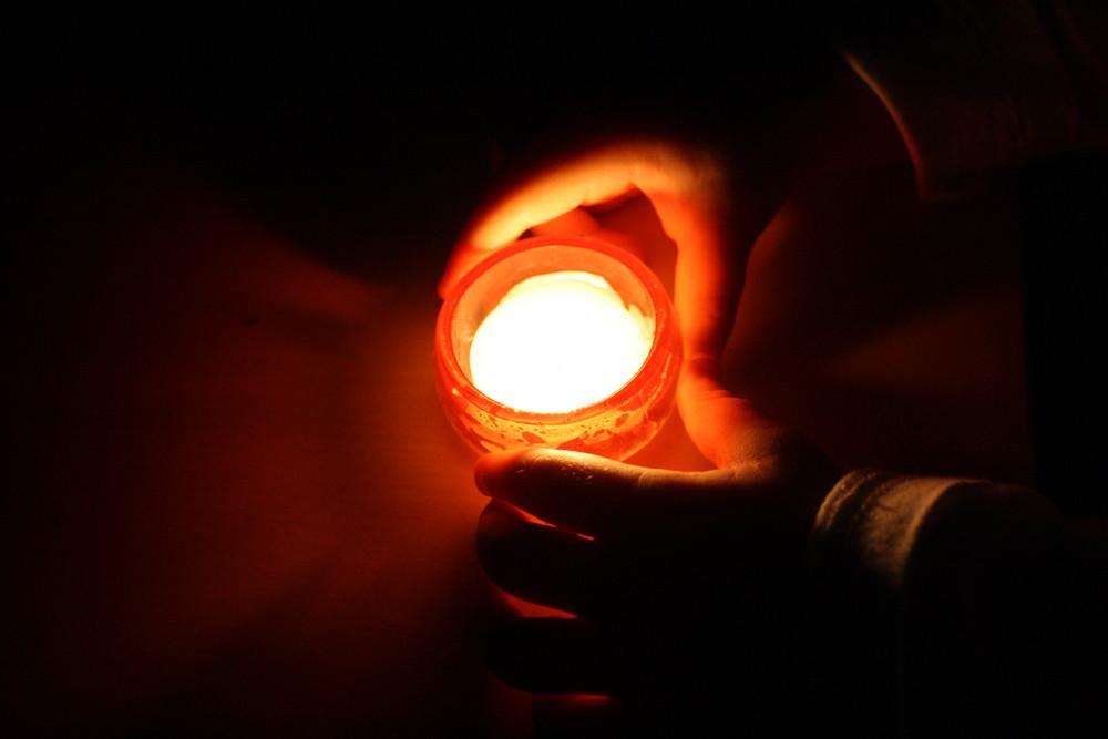Zünde Eine Kerze An