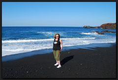 ...Iche am schwarzen Strand von El Golfo...