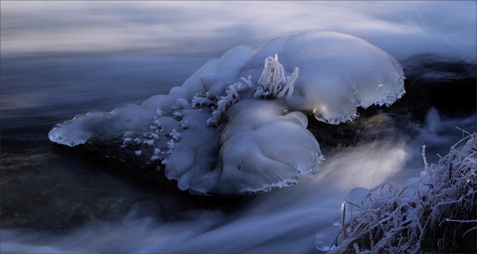 ... icy ...