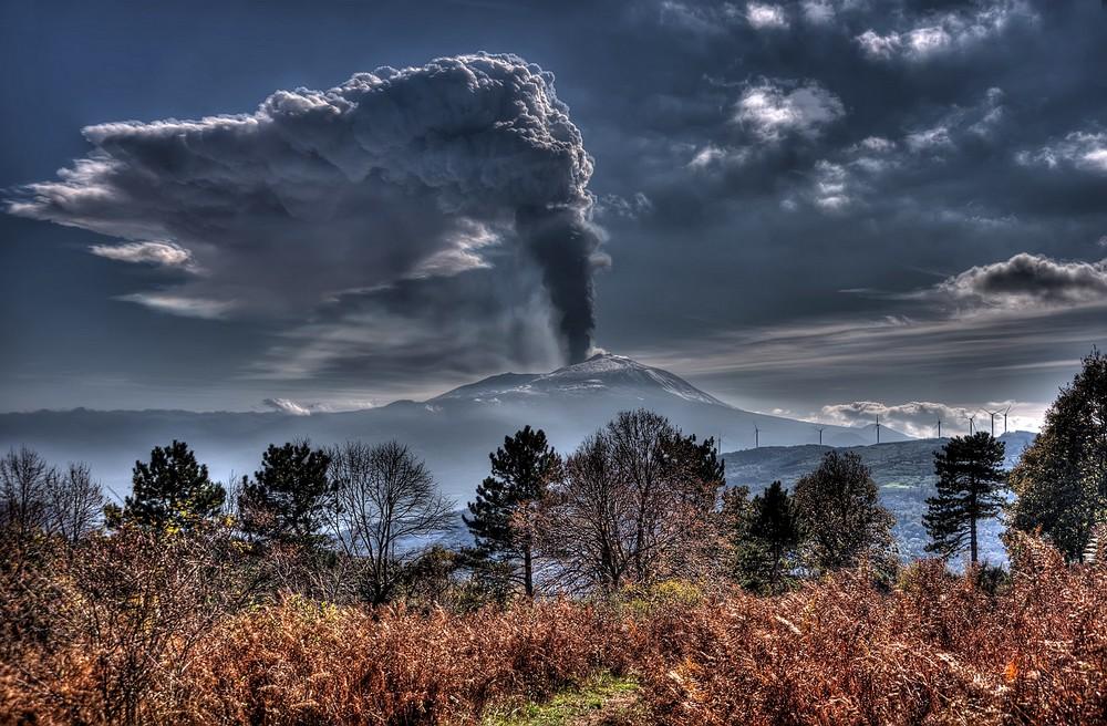 Ieri,Etna in eruzione