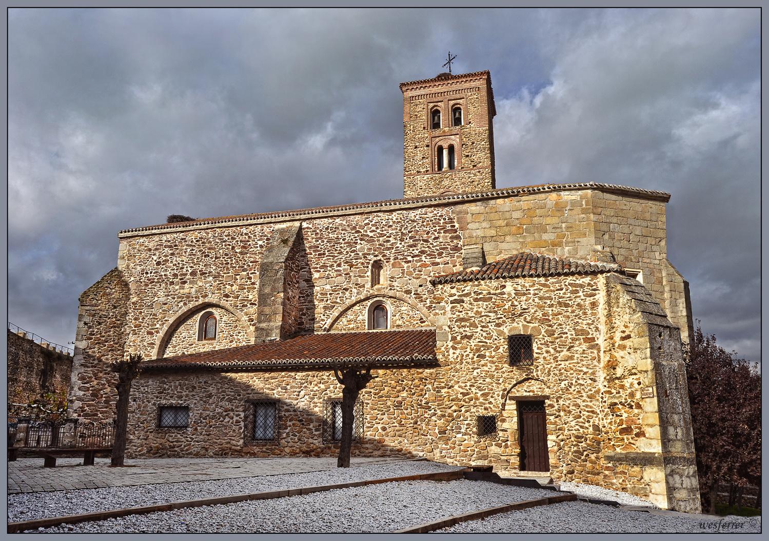 Resultado de imagen de Iglesia de Santa María del Castillo de Buitrago de Lozoya