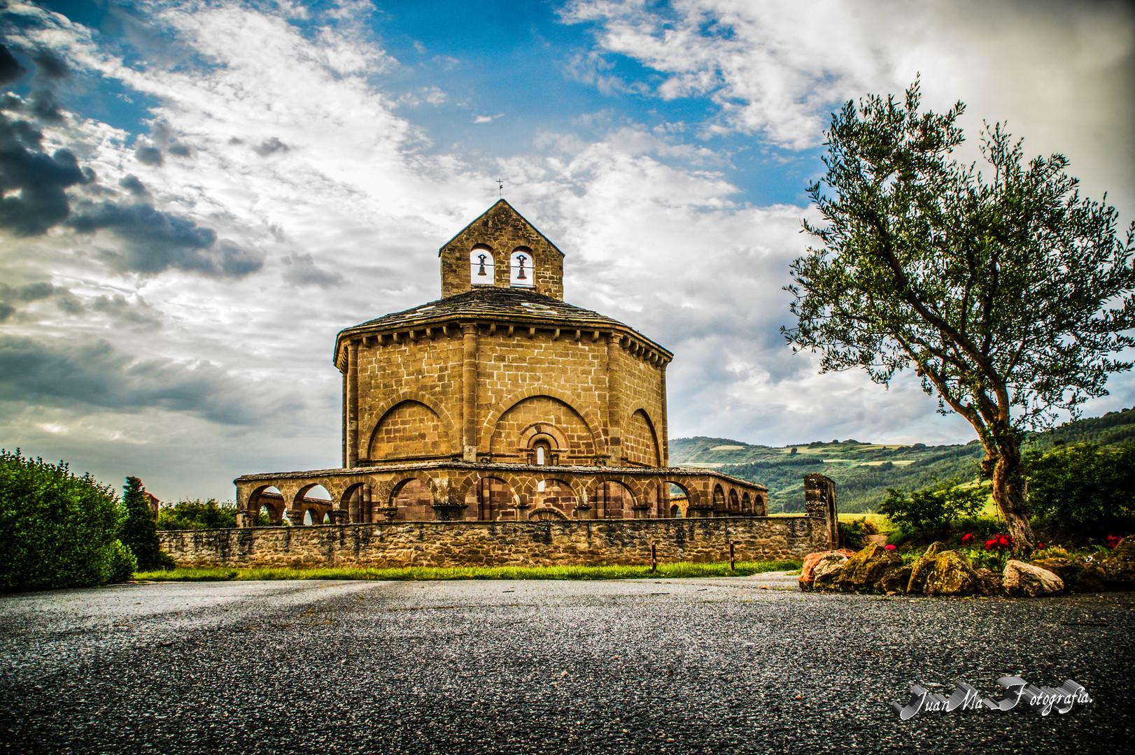 Iglesia Santa María de Eunate.