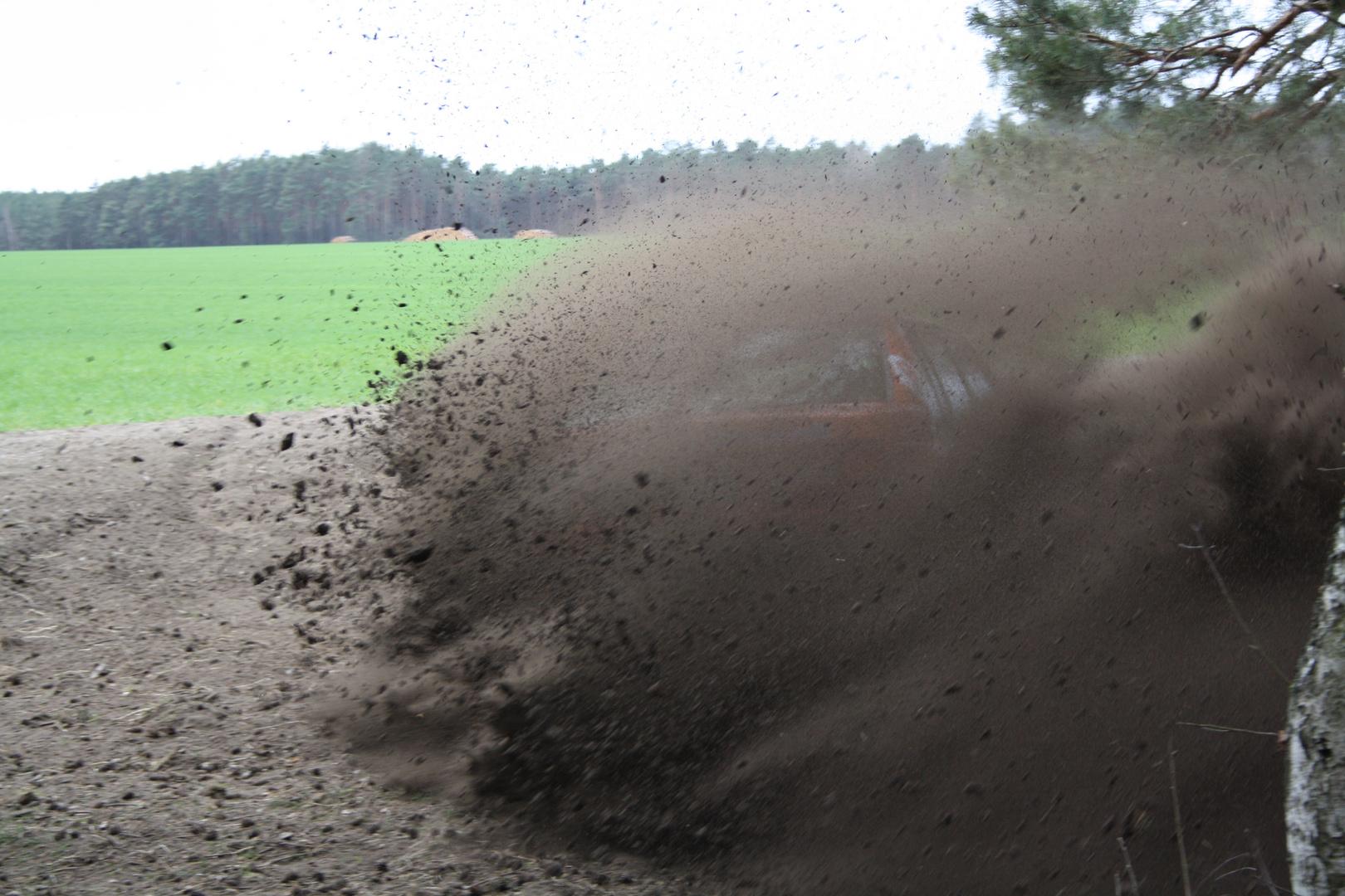 Ihr wollt noch mehr Dreck, Staub und Steine ? Schwedenstahl in Action Wittenberg-Rallye 2012