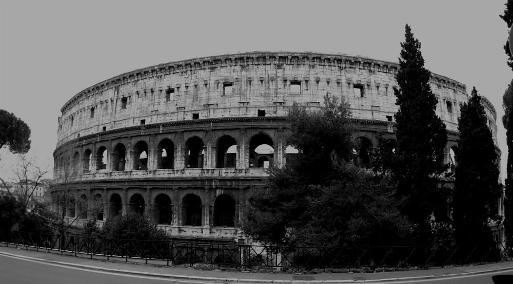 Il Colosseo di Oggi .....