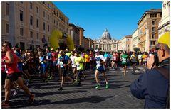 Il Corsa di Santi - Marathonlauf mit Start und Ziel am Petersplatz