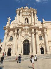 Il Duomo di Ortigia egemonizza l'intera città