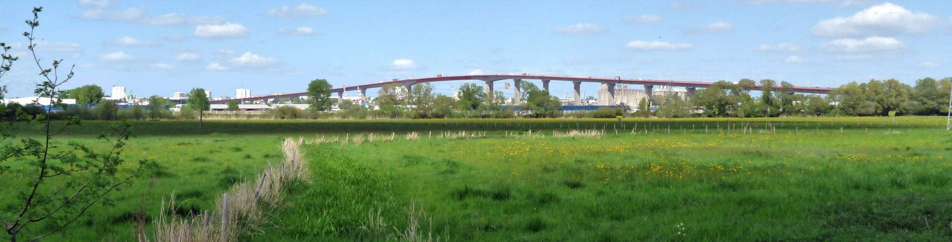Il est long le pont.