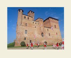 ..IL  favoloso  castello di Grinzane Cavour..