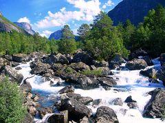 il fiume travolgente