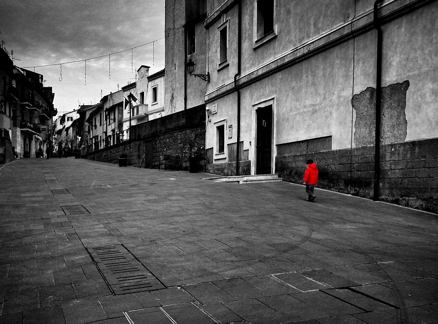 Il giubbottino rosso..........