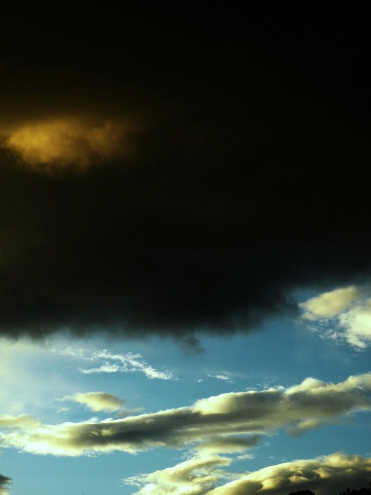 il male e il bene (sky)