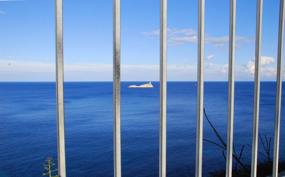 il mare in gabbia