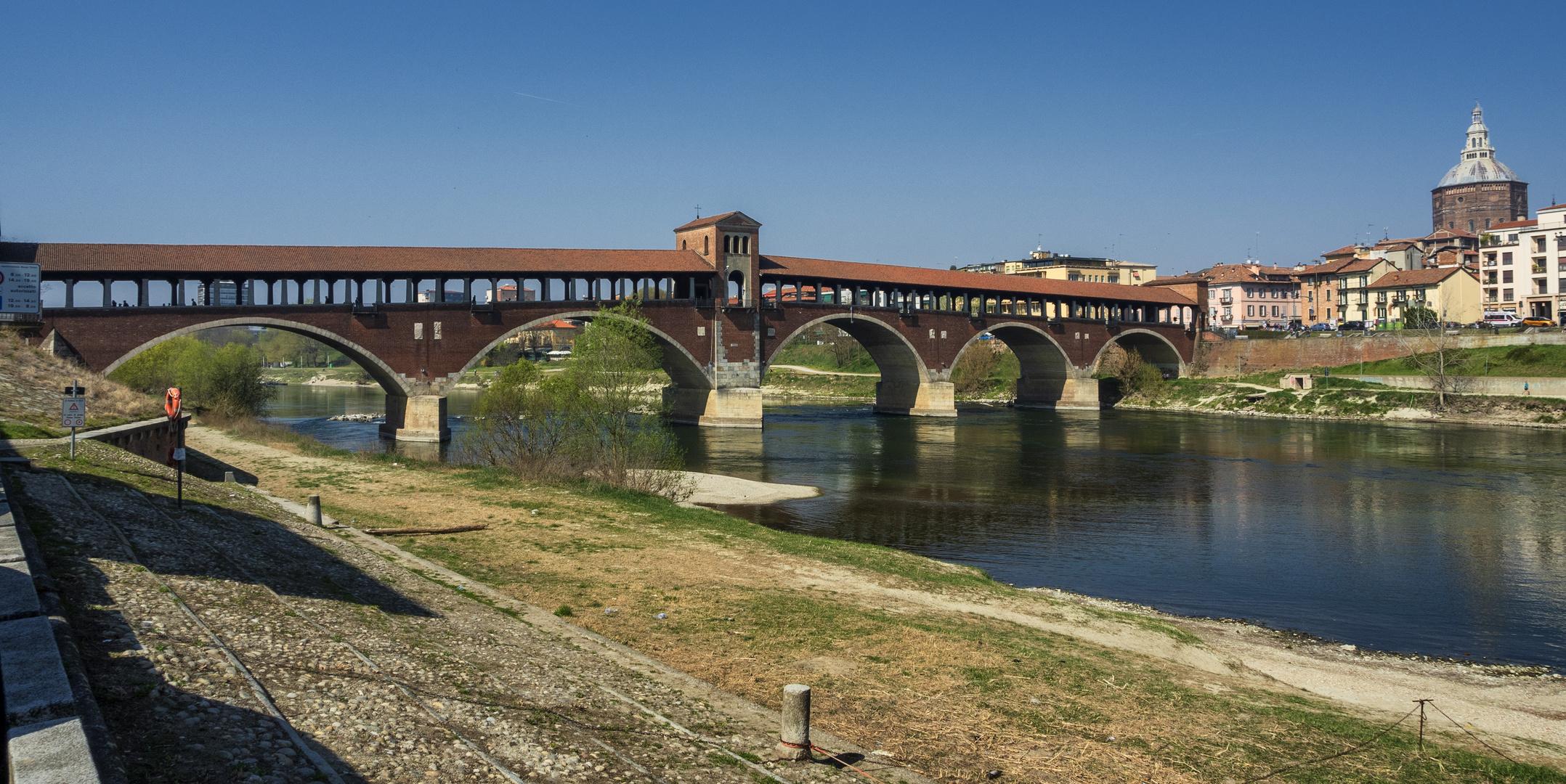 Il Ponte Coperto (detto anche Ponte Vecchio), Pavia