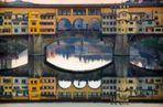 Il Ponte Vecchio al tramonto in veste invernale