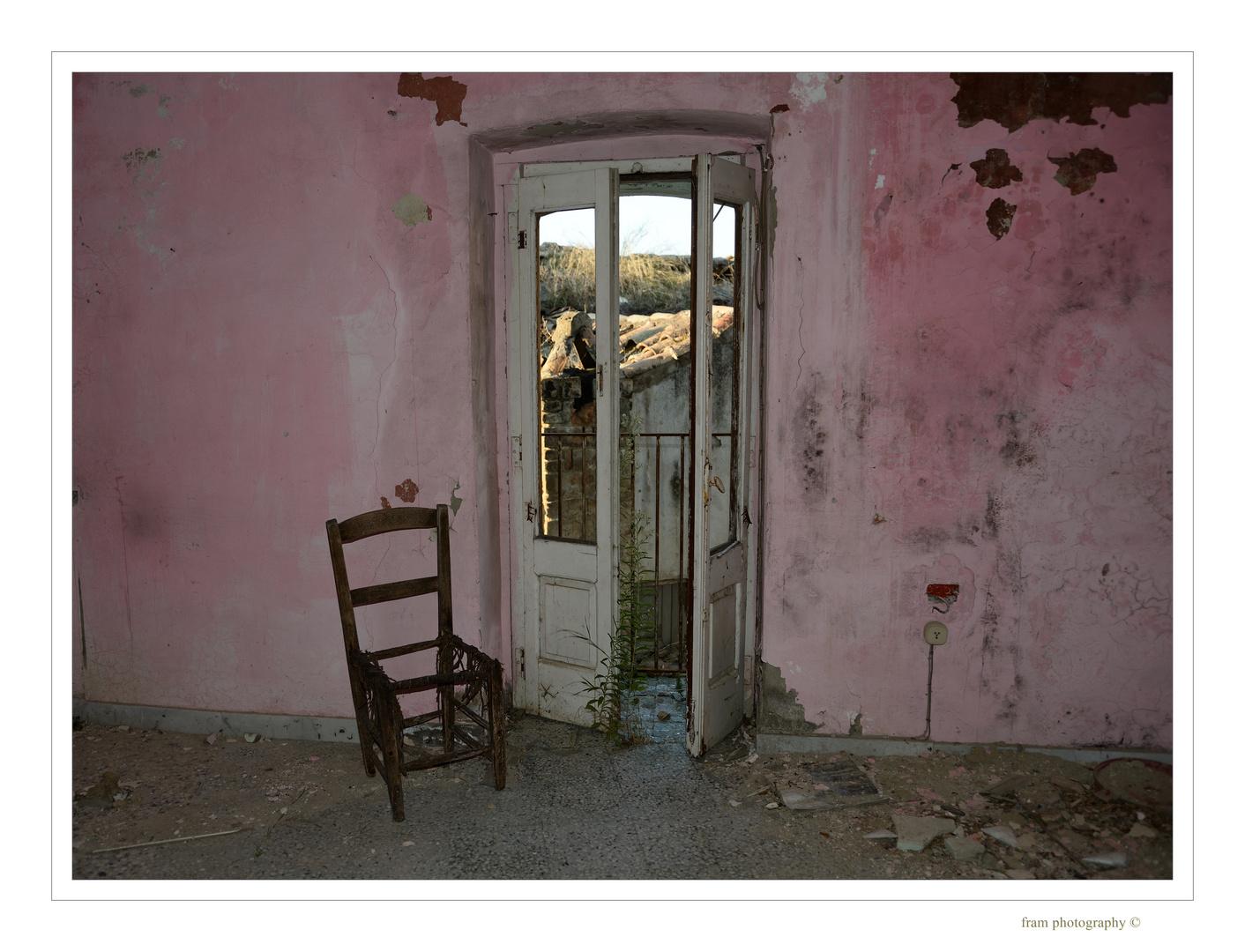 il silenzio dei luoghi - il muro rosa