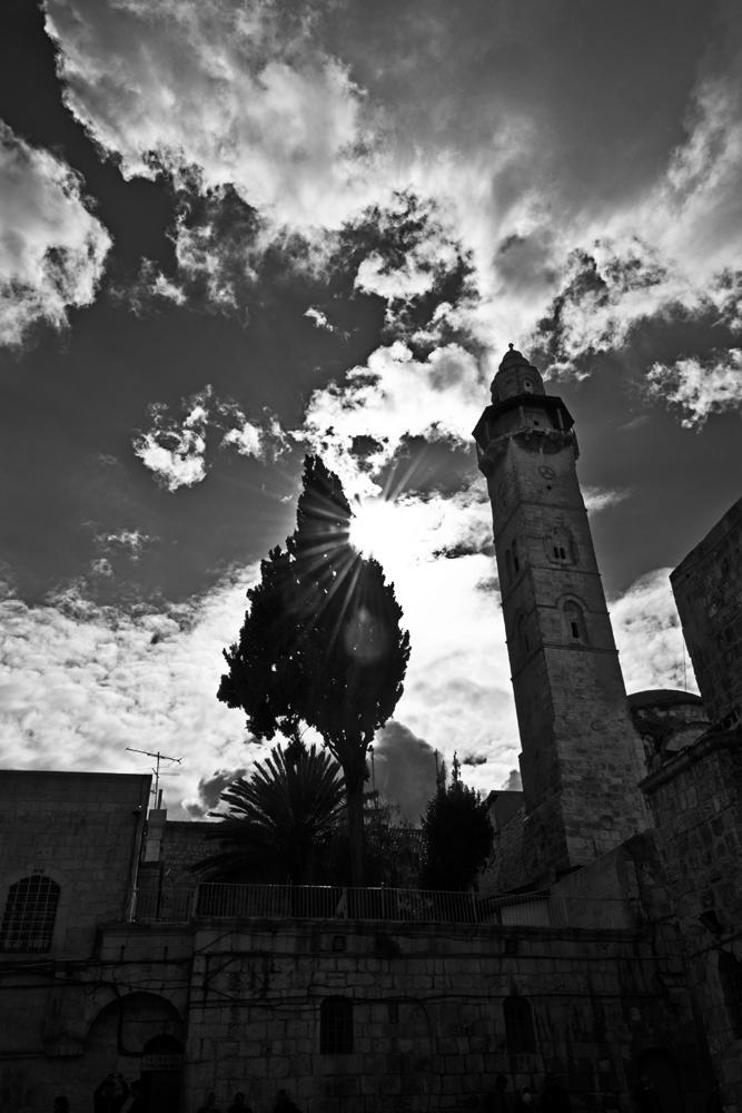 il sole dietro il campanile...