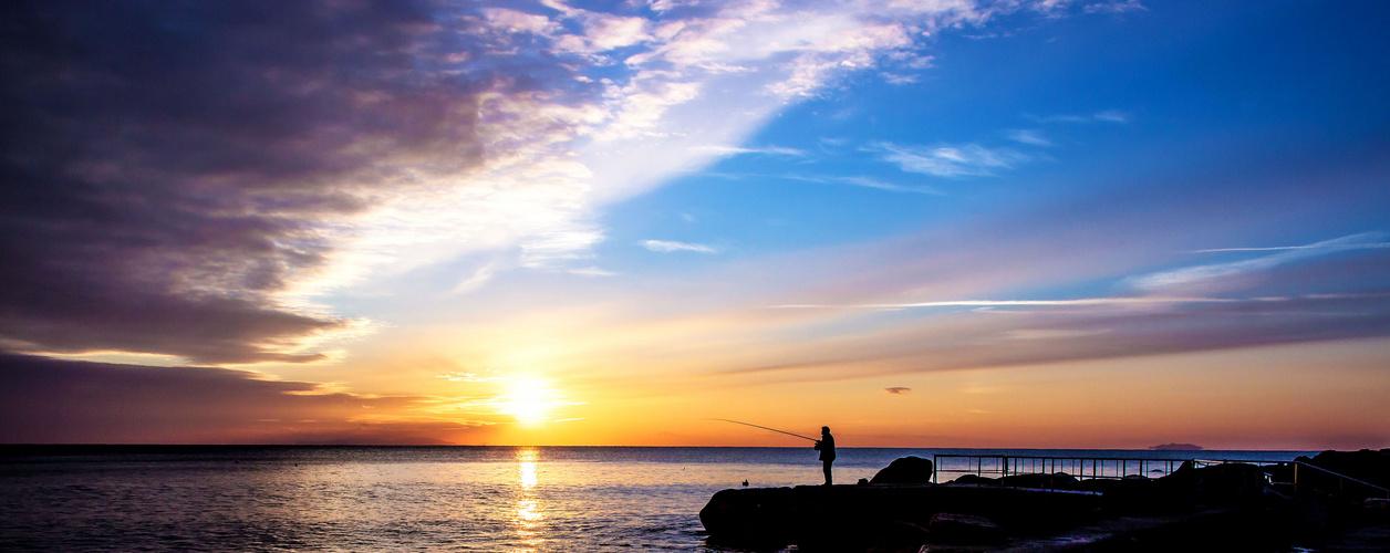 il tramonto e il pescatore