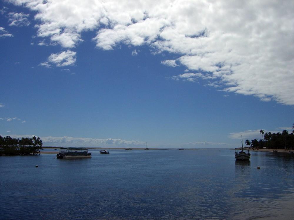 ilha de tinharé ~~~ ilha de biopeba / bahia / brasil