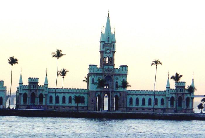 Ilha Fiscal na Baia de Guanabara Rio de Janeiro BRASIL