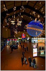 Illumination im Hauptbahnhof (color)
