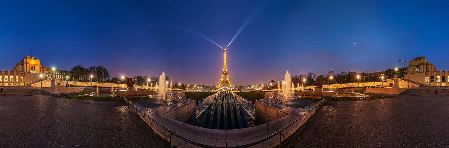 Illuminierter Eiffeltum