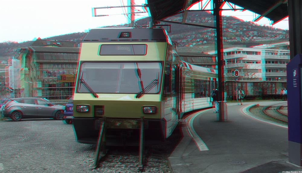 Im Bahnhof Vevey steht der Zug nach Blonay zur Abfahrt bereit