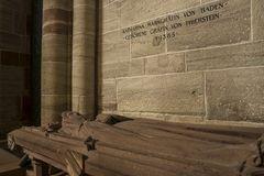 Im Basler Münster 12