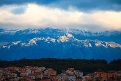 Im Bergland: Schnee