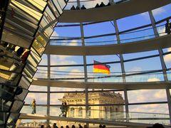 Im Bundestag geht es bunt zu.  (Update) ....  #2183