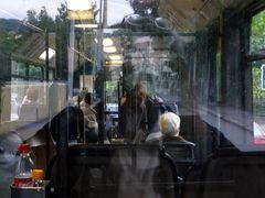Im Bus heimwärts, ...