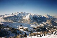 Im Dachstein-Gebirge zum Skifahren