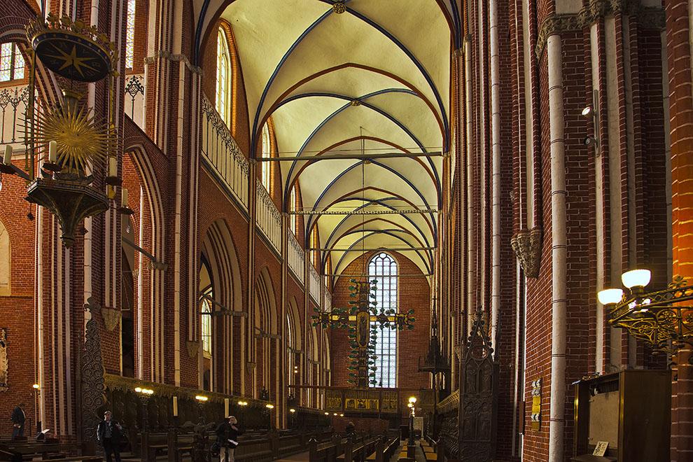 Im Doberaner Münster