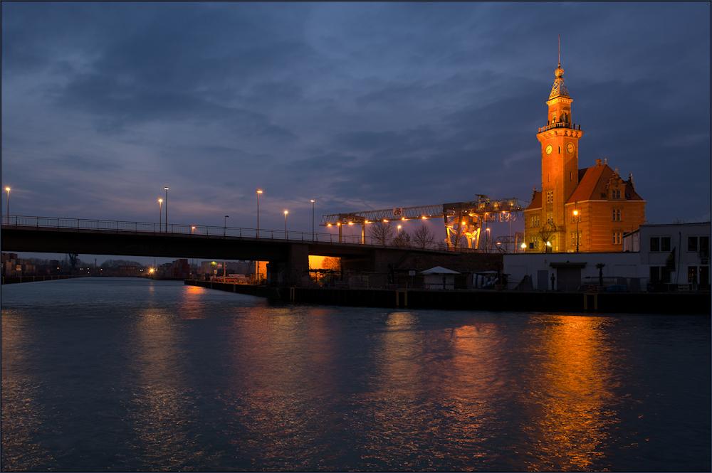 Im Dortmunder Hafen ...