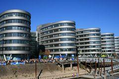 Im Duisburger Innenhafen - WDR Gebäude