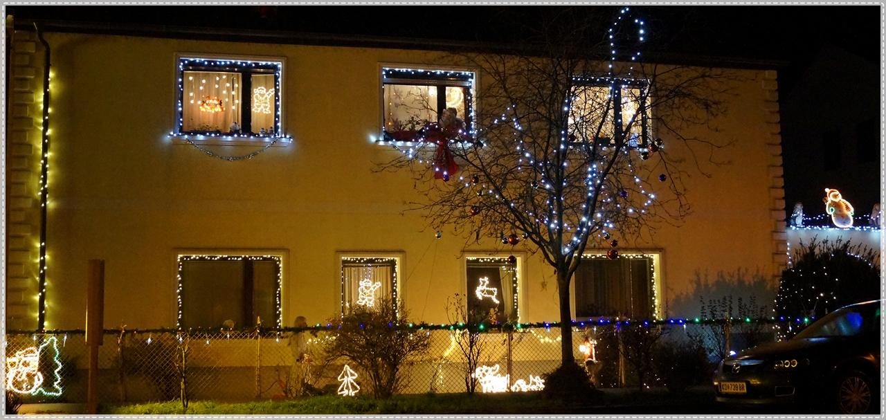 Weihnachtsbeleuchtung Bunt.Im Fokus Weihnachtsbeleuchtung Zu Viel Zu Bunt Zu Kitschig Foto