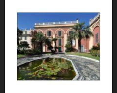 Im Garten des Palazzo Reale II