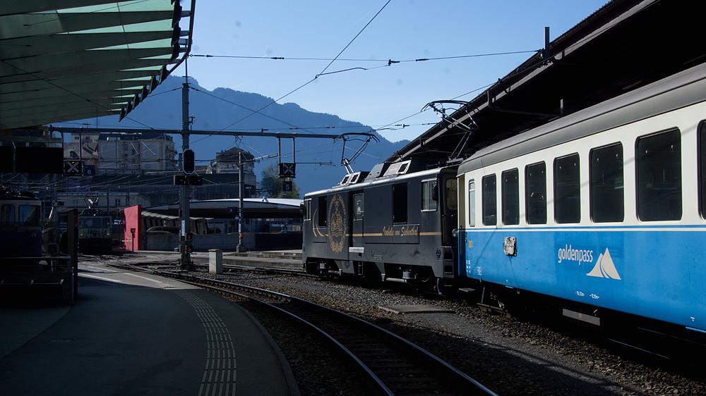 Im GoldenPass-Bereich des Bahnhof`s Montreux