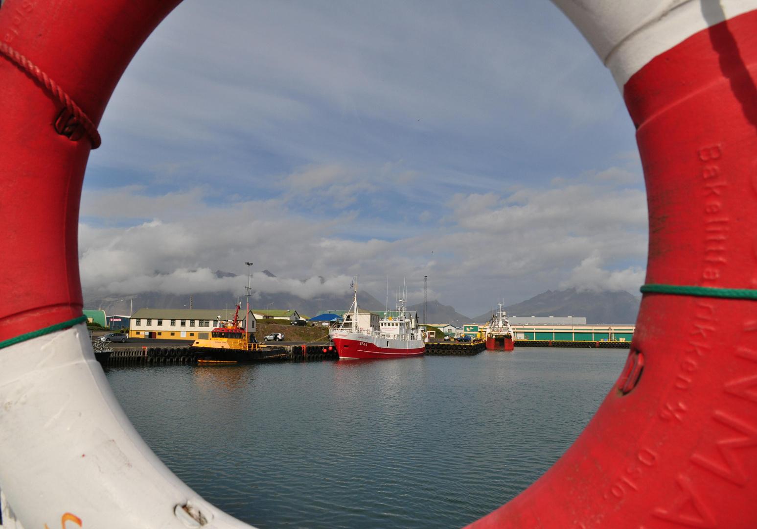 Im Hafen von Höfn