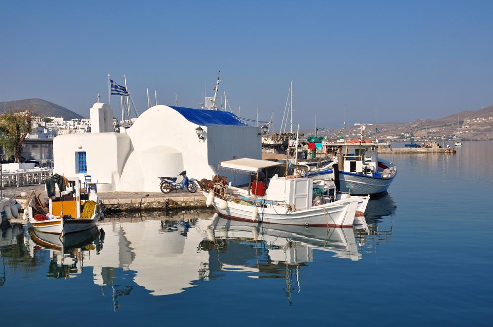 Im Hafen von Naoussa...