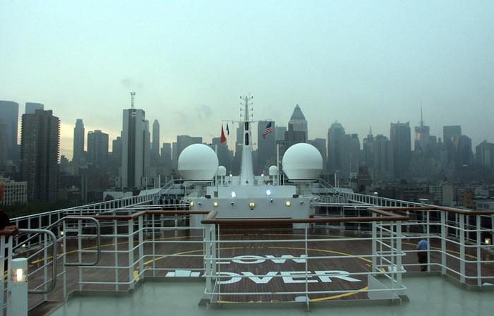Im Hafen von New York Dock 92