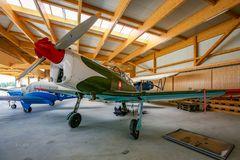Im Heimat-Hangar