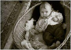 Im Körbchen...ein Baby!