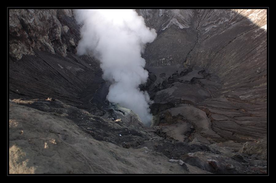 im Krater des Bromo