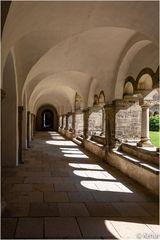 Im Kreuzgang (1) Kloster unserer lieben Frauen Magdeburg