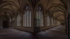 im Kreuzgang vom Dom in Münster
