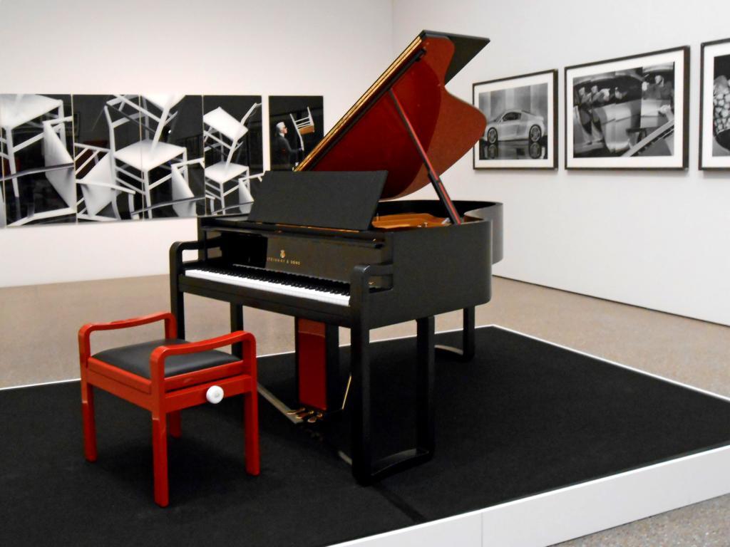 https://img.fotocommunity.com/im-museum-folkwang-essen-besuch-der-karl-lagerfeld-ausstellung-ecb40760-6589-45a1-8de1-438b1d649aca.jpg?height=1080