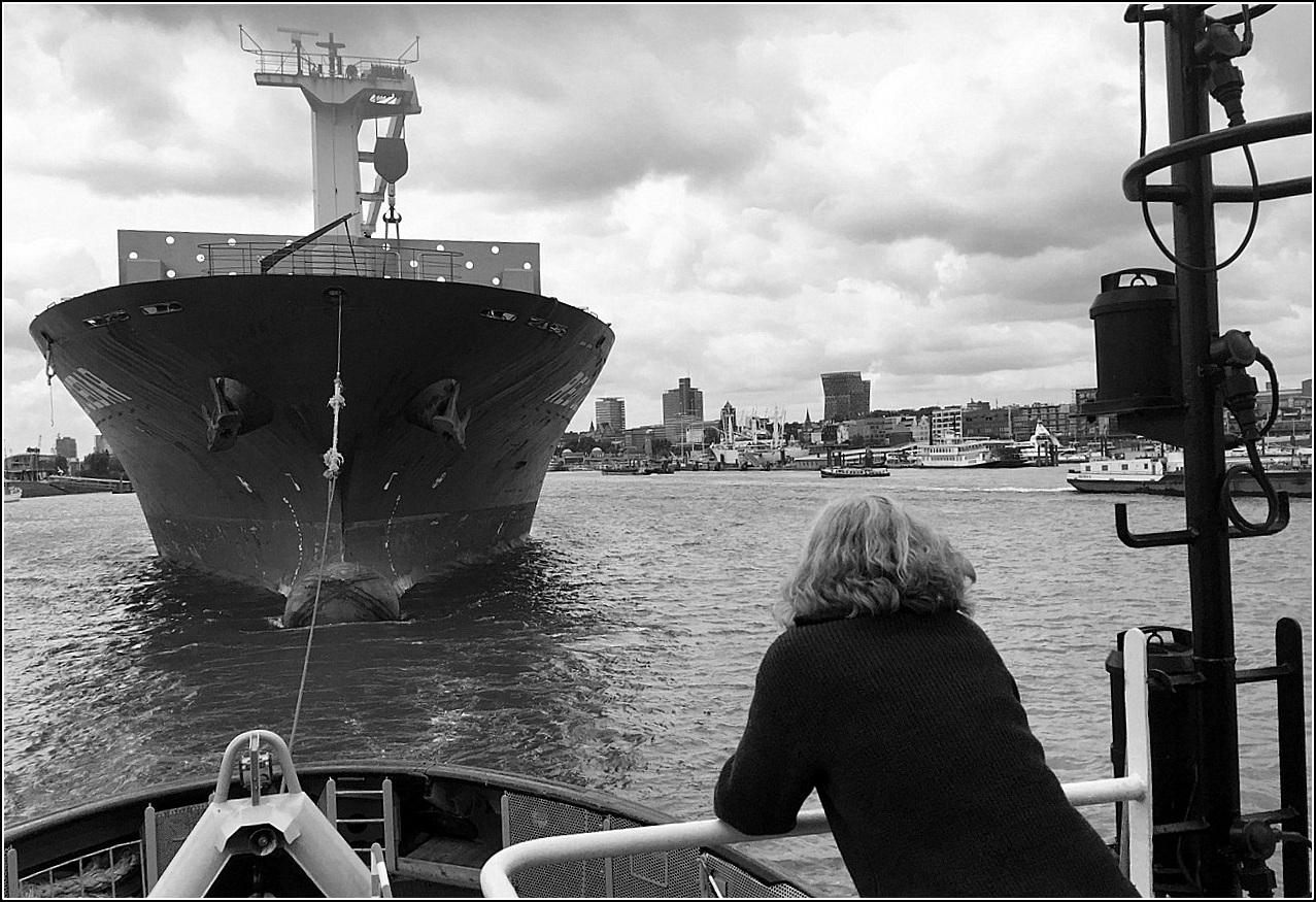 """""""im nächsten Leben""""...:) arbeite ich im Hafen"""